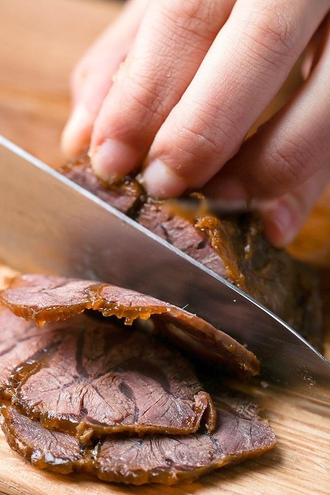 """16. Bật mí cách nấu thịt bò kho tộ không ăn là """"phí cả đời""""5"""