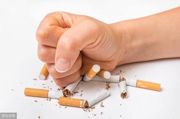 Với việc người hút thuốc ngày càng tăng, chế độ ăn uống thiếu khoa học cùng với nhịp sống bận rộn khiến tuổi thọ ngày càng giảm.