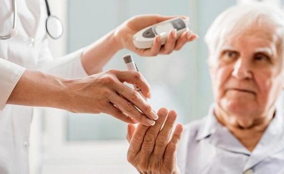 25. 60 tuổi không mắc 4 bệnh này, xin chúc mừng vì bạn có khả năng thọ đến 90 tuổi2