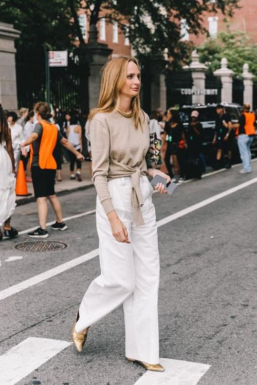 4. 4 lý do nên mặc màu trắng mùa mát10