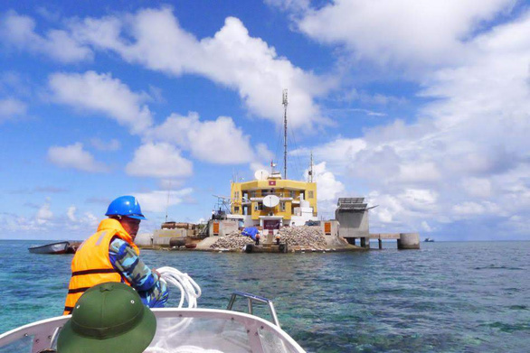 Đảo chìm Đá Lát