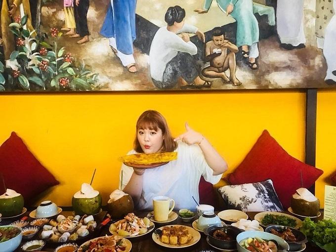 Soo Bin có đam mê bất tận với đồ ăn và thoải mái ăn bất cứ món gì mình thích mà không lo lắng đến cân nặng.