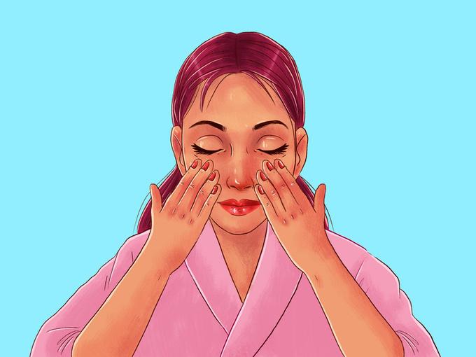Dùng các ngón tay ấn nhẹ lên da để kích hoạt hệ bạch huyết, chuẩn bị cho việc massage.