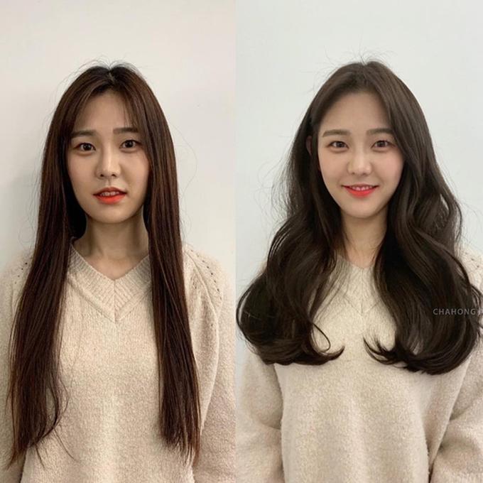 Mái tóc dài uốn xoăn lọn lớn tạo cảm giác mềm mại, nữ tính, đồng thời, tôn vinh khuôn mặt của bạn gái.