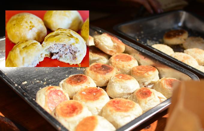 Bánh nướng nhân thịt có giá bình dân, khoảng 5 tệ (khoảng 16.000 đồng)