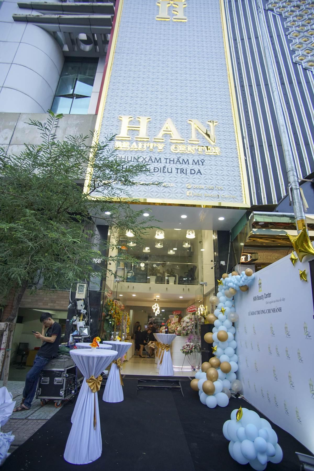 Cô chủ 9x HAN Beauty Center tiếp tục khai trương chi nhánh thẩm mỹ mới