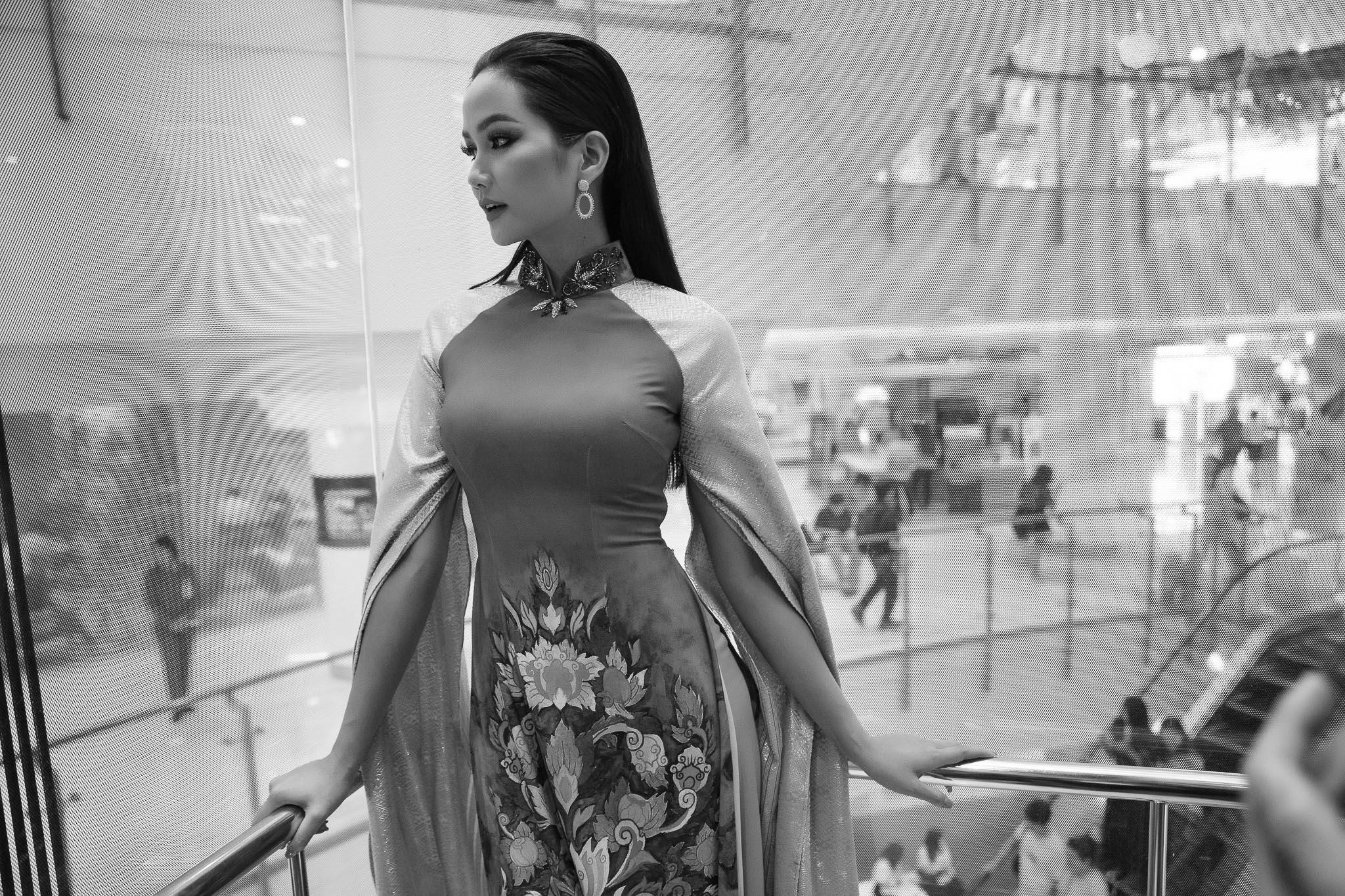 Hoa hau HHen Nie_Thailand (100)