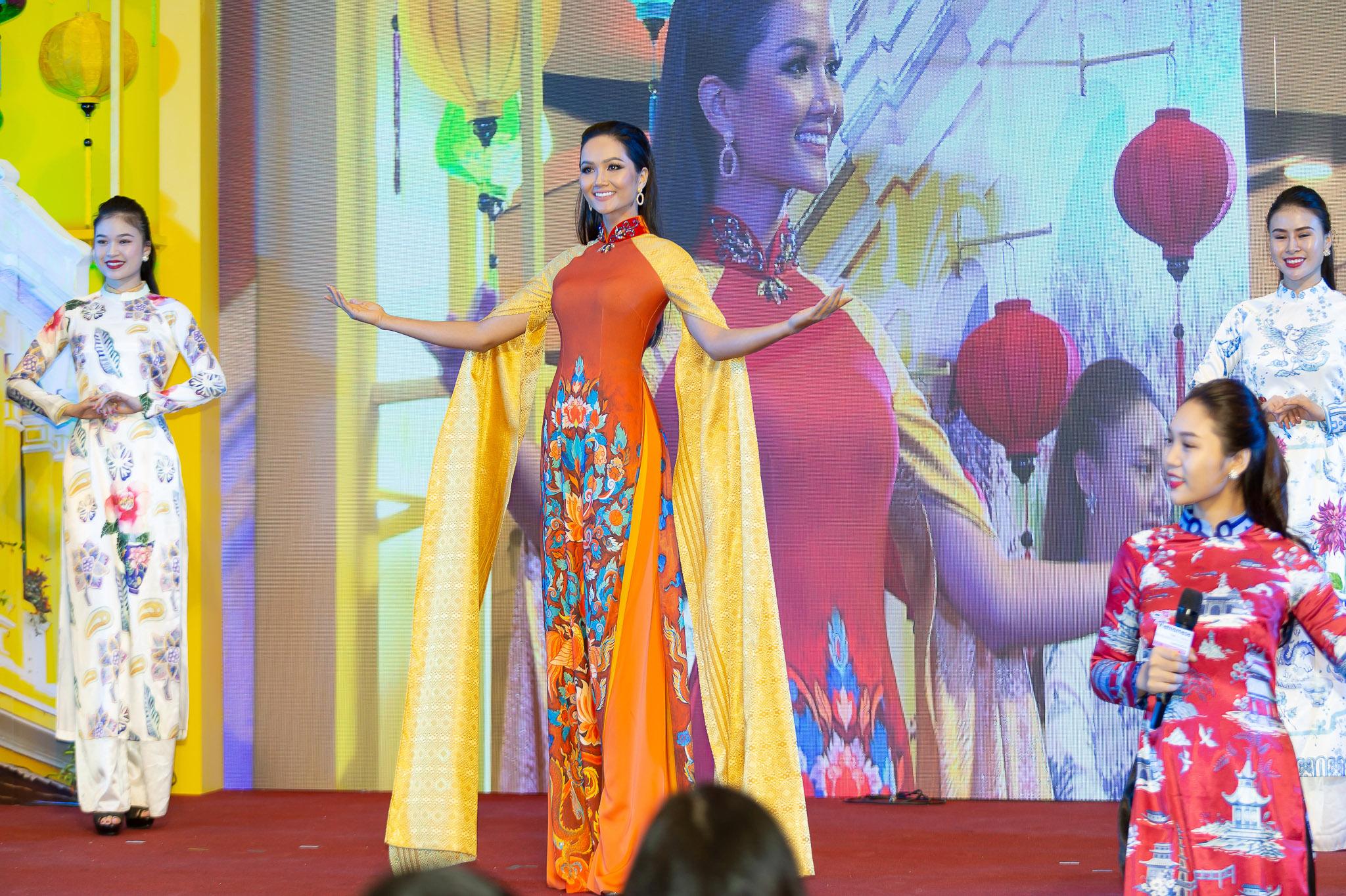 Hoa hau HHen Nie_Thailand (30)