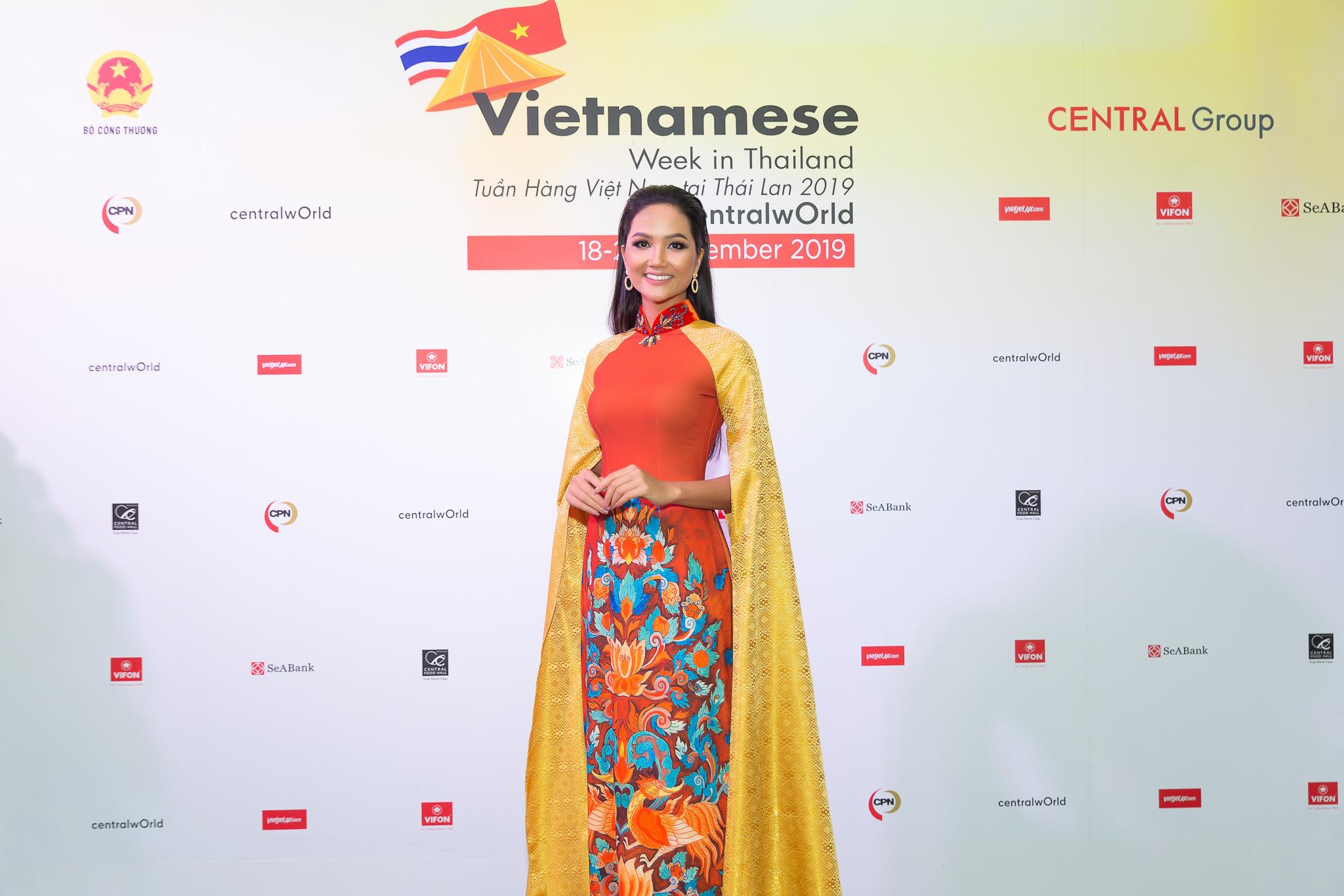 Hoa hau HHen Nie_Thailand (44)