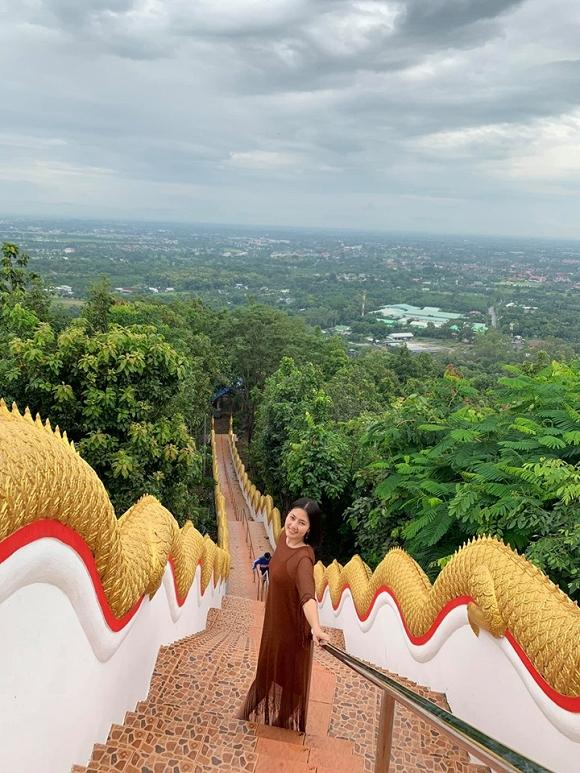 Ngọc Lan và con trai Louis 'đánh lẻ' du lịch Thái Lan5