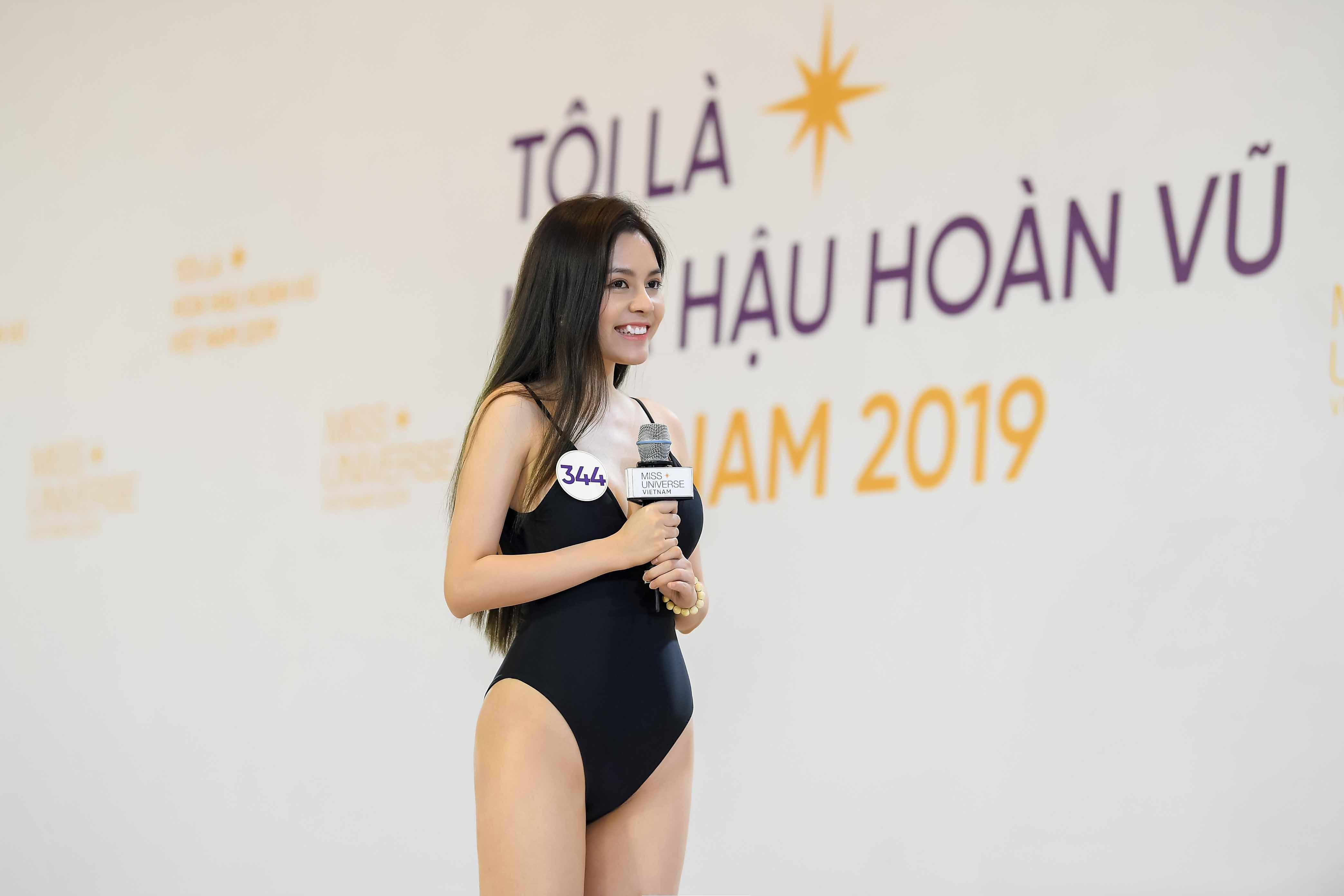 Phan thi trinh dien bikini (17)