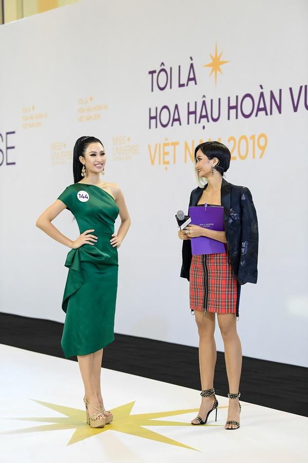 Tap 1 Toi la Hoa hau Hoan vu Viet Nam 2019 (37)
