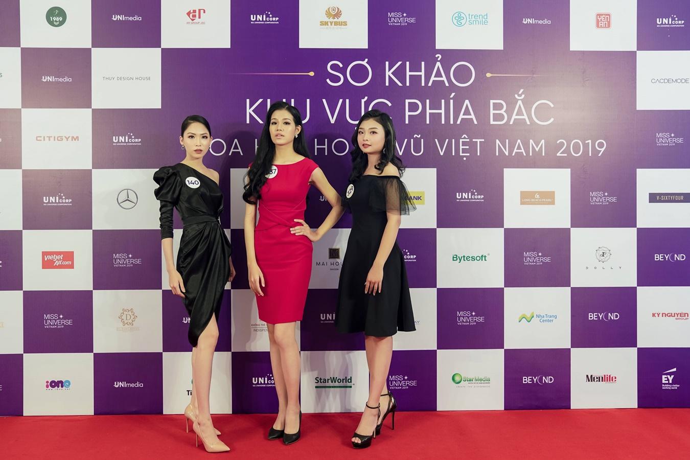 Thi sinh Hoa hau Hoan vu Viet Nam 2019 chup hinh o Backdrop (39)