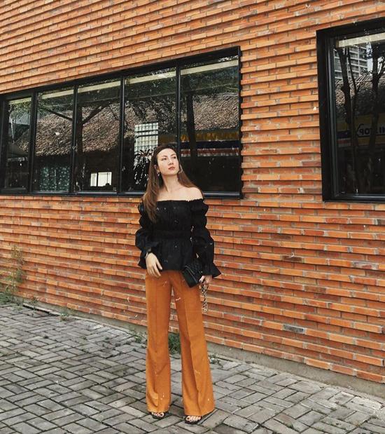 17. Sao Việt phối sắc đen cho street style8