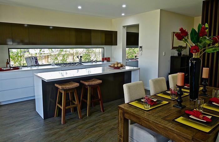 Một ngôi biệt thự hiện đại sang trọng sở hữu phòng bếp này sẽ hoàn toàn chinh phục được gia chủ.