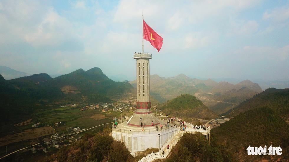 Cột cờ Lũng Cú, xã Lũng Cú, huyện Đồng Văn, tỉnh Hà Giang - Ảnh: QUANG ĐỊNH