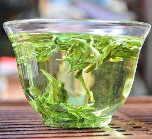 9. Phụ nữ uống trà trong kỳ kinh nguyệt sẽ có hại như thế nào
