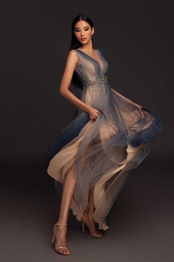 A hau Hoang Thuy_Dress by Hoang Hai