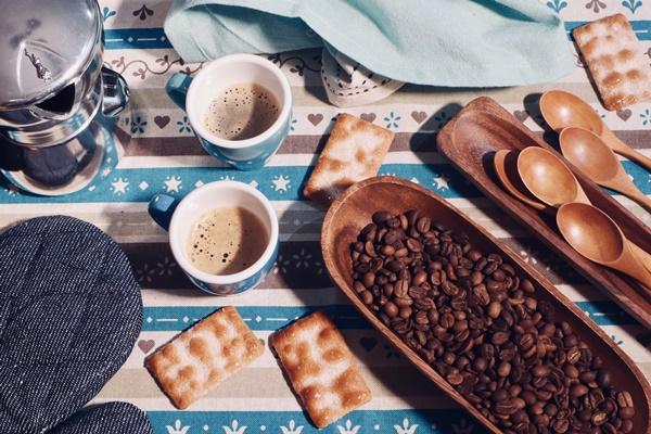 Brodard Restaurant - Tea House - Pastry - Coffee