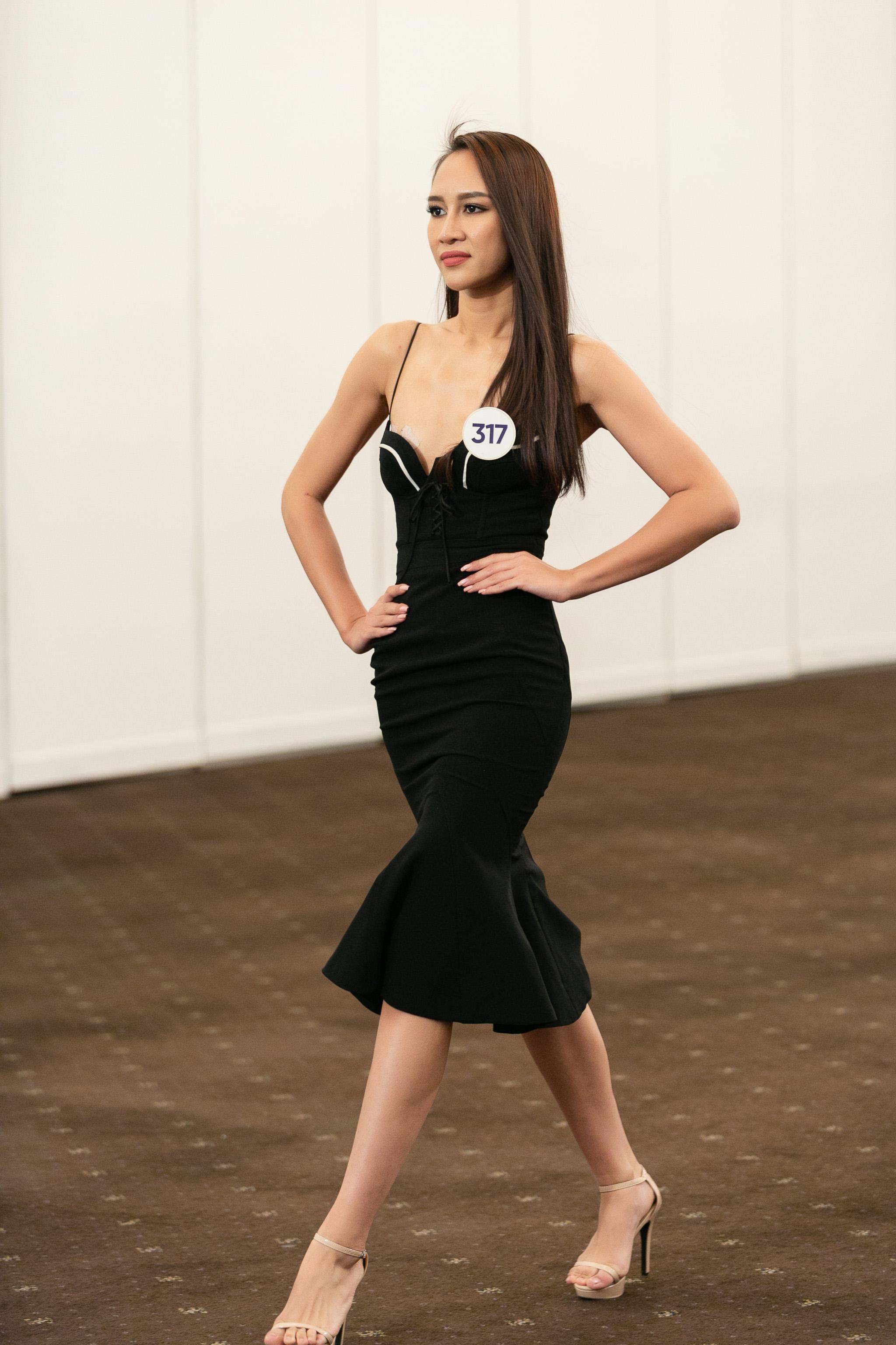 Hau truong Casting Fashion Show_top 60 Hoa hau Hoan Vu Viet Nam 2019 (73)