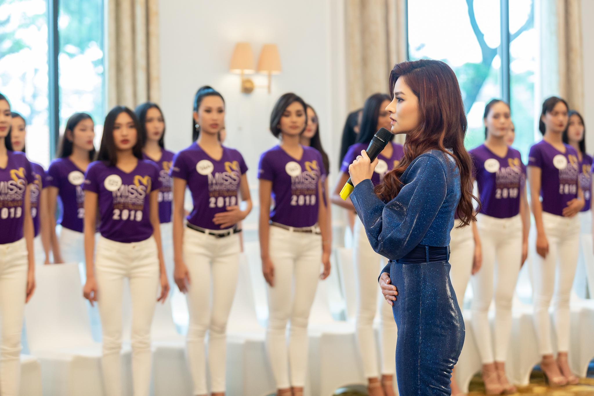Huan luyen catwalk_Tap 2 Toi La Hoa Hau Hoan Vu Viet Nam 2019 (33)