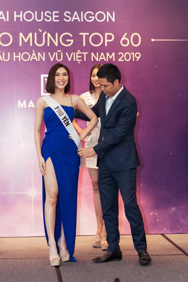 Le trao sash_Top 60 Hoa hau Hoan vu Viet Nam 2019 (23)