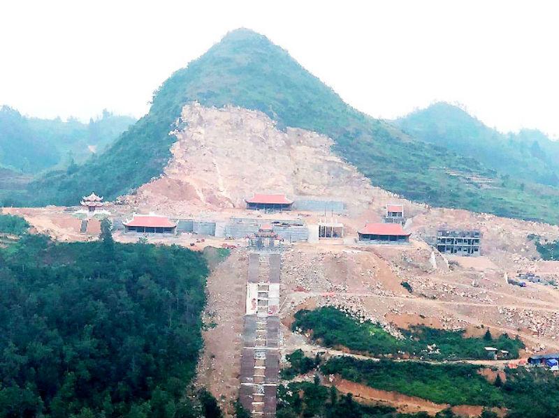 1. Hà Giang báo cáo về hai dự án du lịch tại Đồng Văn