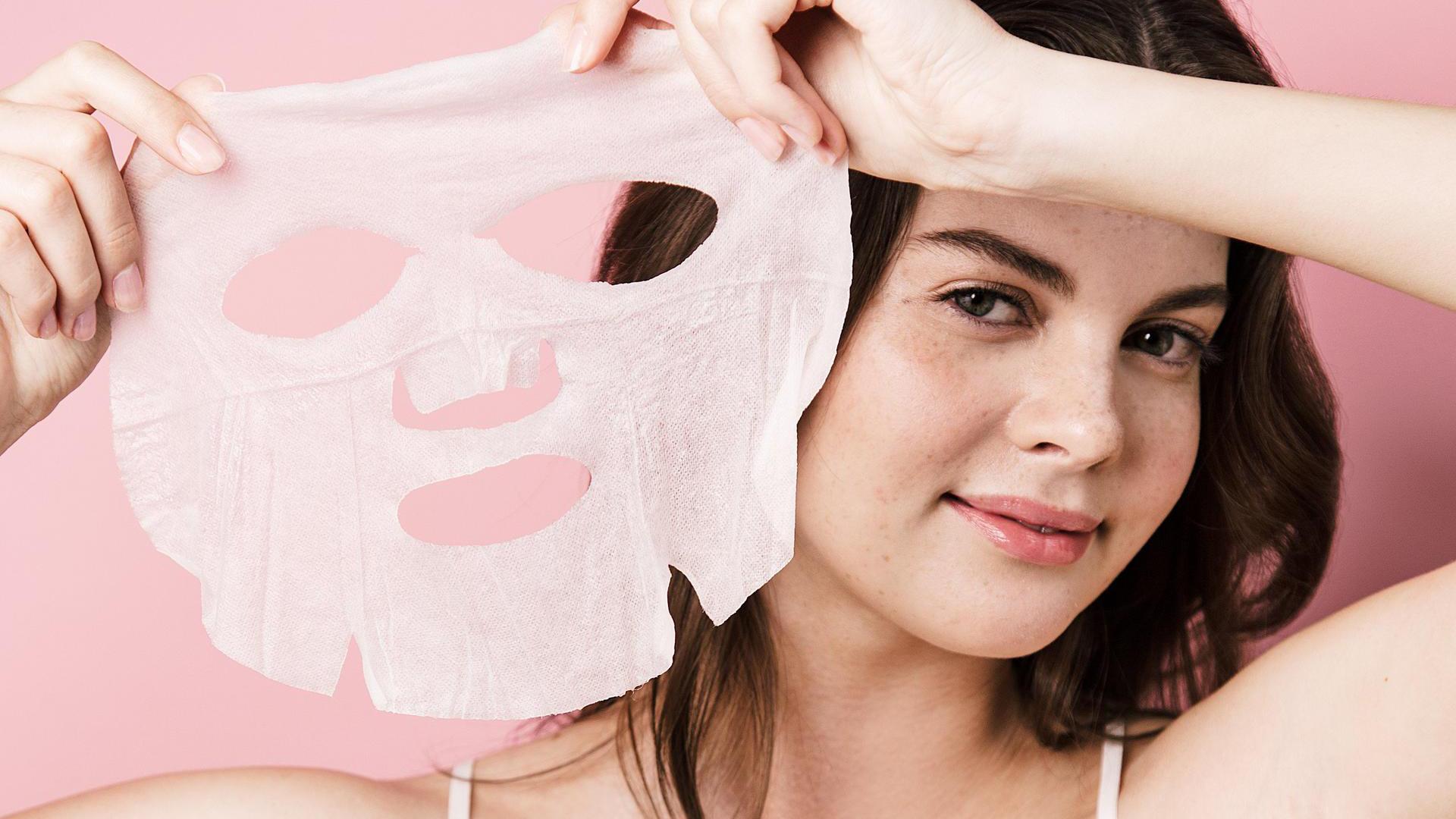 11. Sai lầm khi đắp mặt nạ giấy không phải ai cũng biết3
