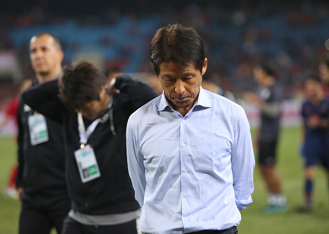 HLV Nishino không hài lòng với kết quả trận đấu. Do Malaysia giành chiến thắng 2-0 trước Indonesia, tuyển Thái Lan tụt xuống vị trí thứ ba của bảng G với 8 điểm. Việt Nam duy trì vị trí đẩu bảng với 11 điểm, hơn Malaysia hai điểm. Với 6 điểm, UAE xếp thứ tư nhưng thi đấu ít hơn các đội còn lại một trận.