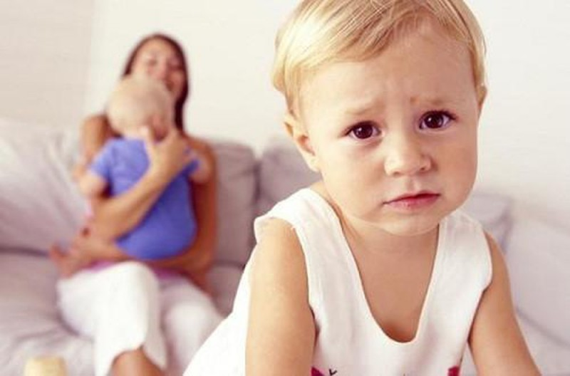 3. Khi trẻ có em1