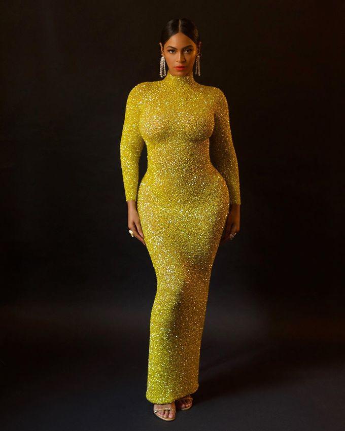 Beyoncé đã giảm cấp tốc 10 kg sau 2 tuần bằng phương pháp có tên The Master Cleanse Diet. Cô không tiêu thụ thức ăn ở dạng cứng và uống nhiều nước trong ngày. Beyoncé pha chanh tươi, ớt cayenne và siro cây phong để uống nhằm đốt mỡ thừa, đào thải độc tố tích tụ trong cơ thể.