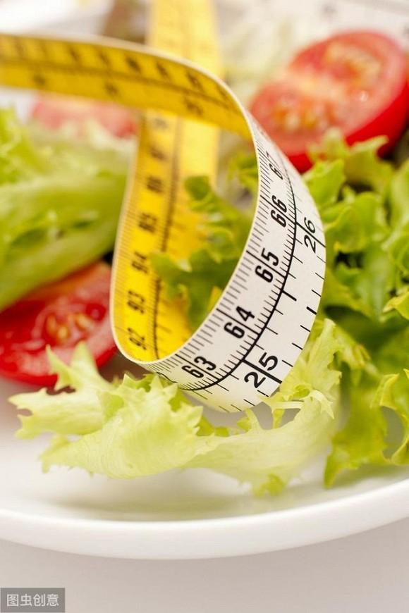 Những phương pháp dưới đây sẽ khiến chị em phụ nữ bất ngờ với tác dụng giảm cân an toàn, hiệu quả