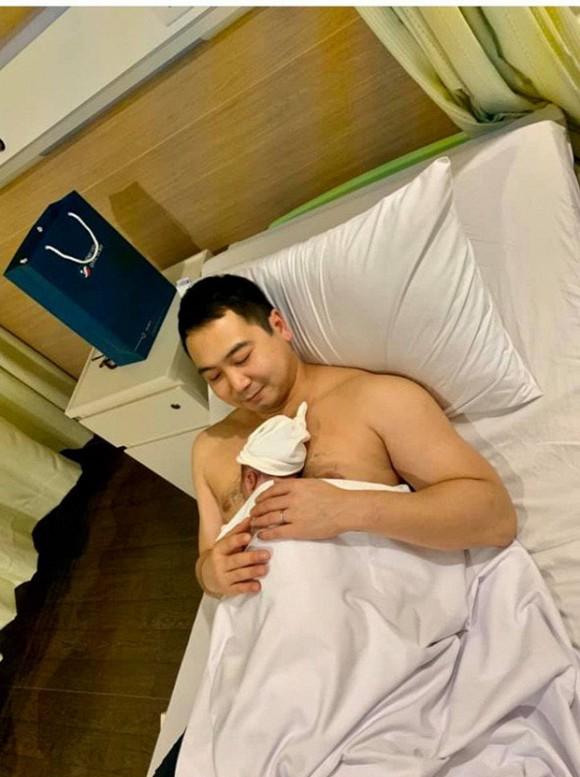 Chồng Lan Khuê thông báo tin vui trên trang cá nhân