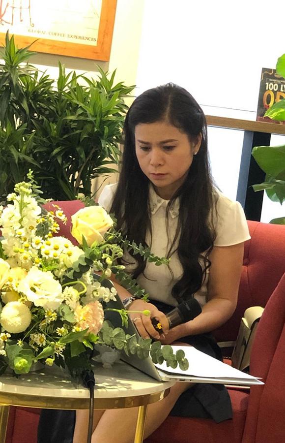 Bà Lê Hoàng Diệp Thảo xuất hiện chiều 17.11 tại TPHCM.