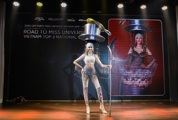 Cong bo trang phuc dan toc tai Miss Universe 2019_Miss Universe Vietnam (8)