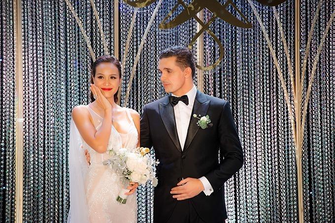 Sau hôn lễ, cặp vợ chồng đã chào đón sự ra đời của con trai đầu lòng hôm 21/11 tại TP HCM.