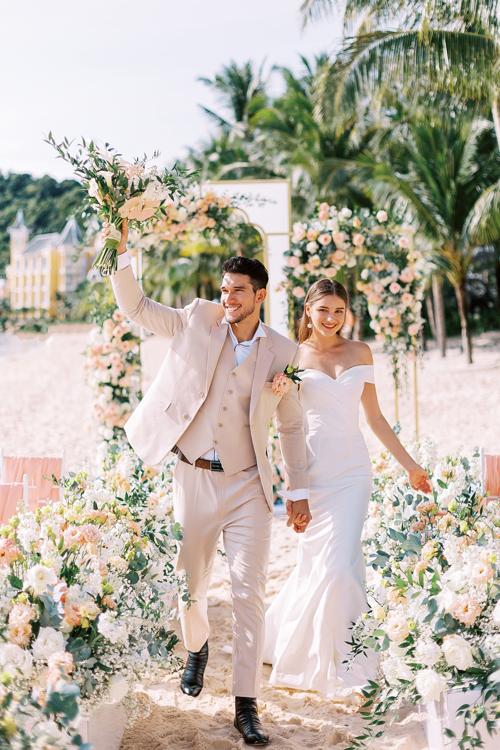 3. Váy cưới dành cho hôn lễ ở biển10