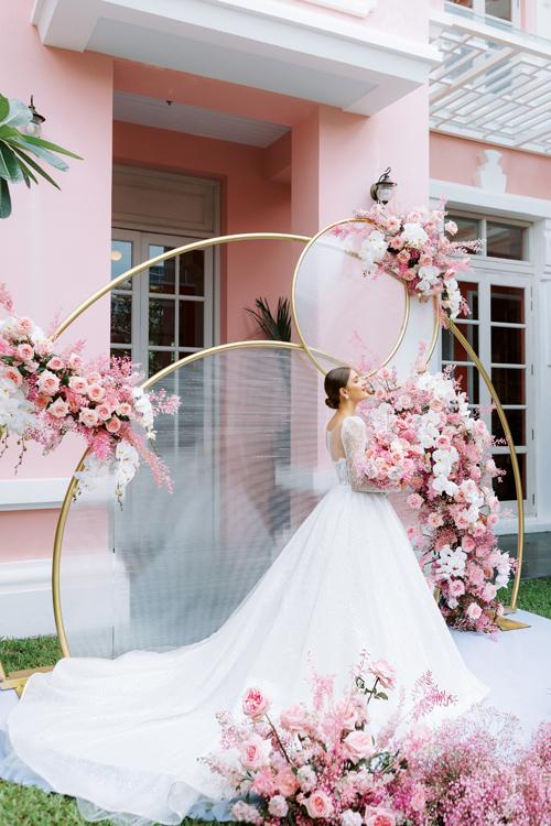 3. Váy cưới dành cho hôn lễ ở biển2