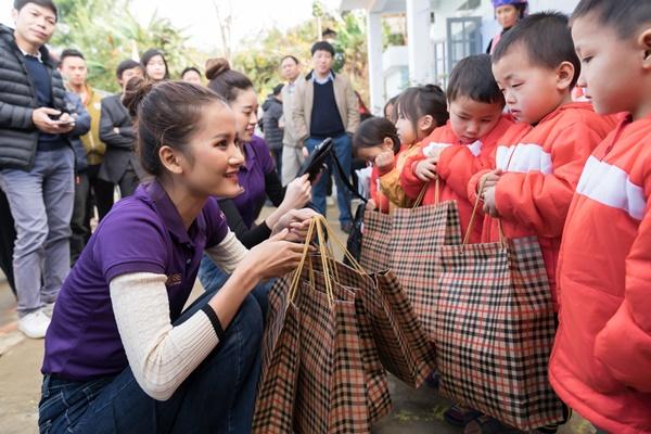Hoa Hau Hoan Vu Viet Nam_Tu thien Lai Chau_Photo Sang Dao (63)