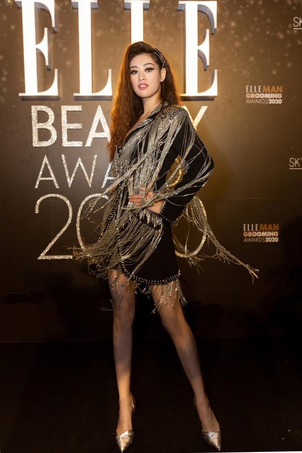 Hoa Hau Khanh Van_Elle Style Award (12)