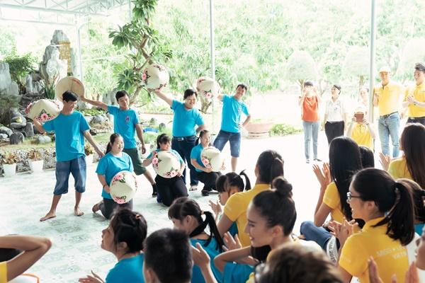 Hoa hau Khanh Van den tham Mai am hy vong_Hoa hau Hoan vu Viet Nam 2019 (40)