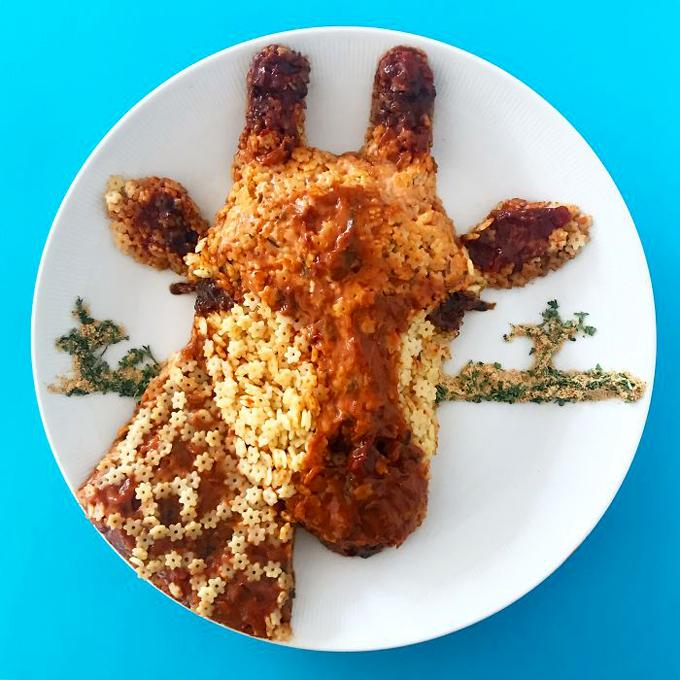 Nghệ thuật tạo hình đĩa thức ăn hình con vật