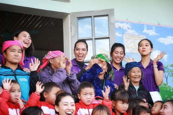 Thu thien Lai Chau_Hoa hau Hoan vu Viet Nam_Photo Quy Coc Tu (10)