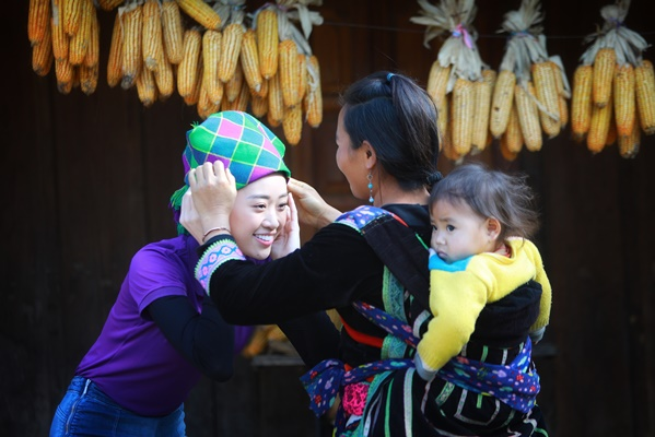 Thu thien Lai Chau_Hoa hau Hoan vu Viet Nam_Photo Quy Coc Tu (16)