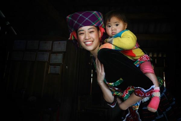 Thu thien Lai Chau_Hoa hau Hoan vu Viet Nam_Photo Quy Coc Tu (38)
