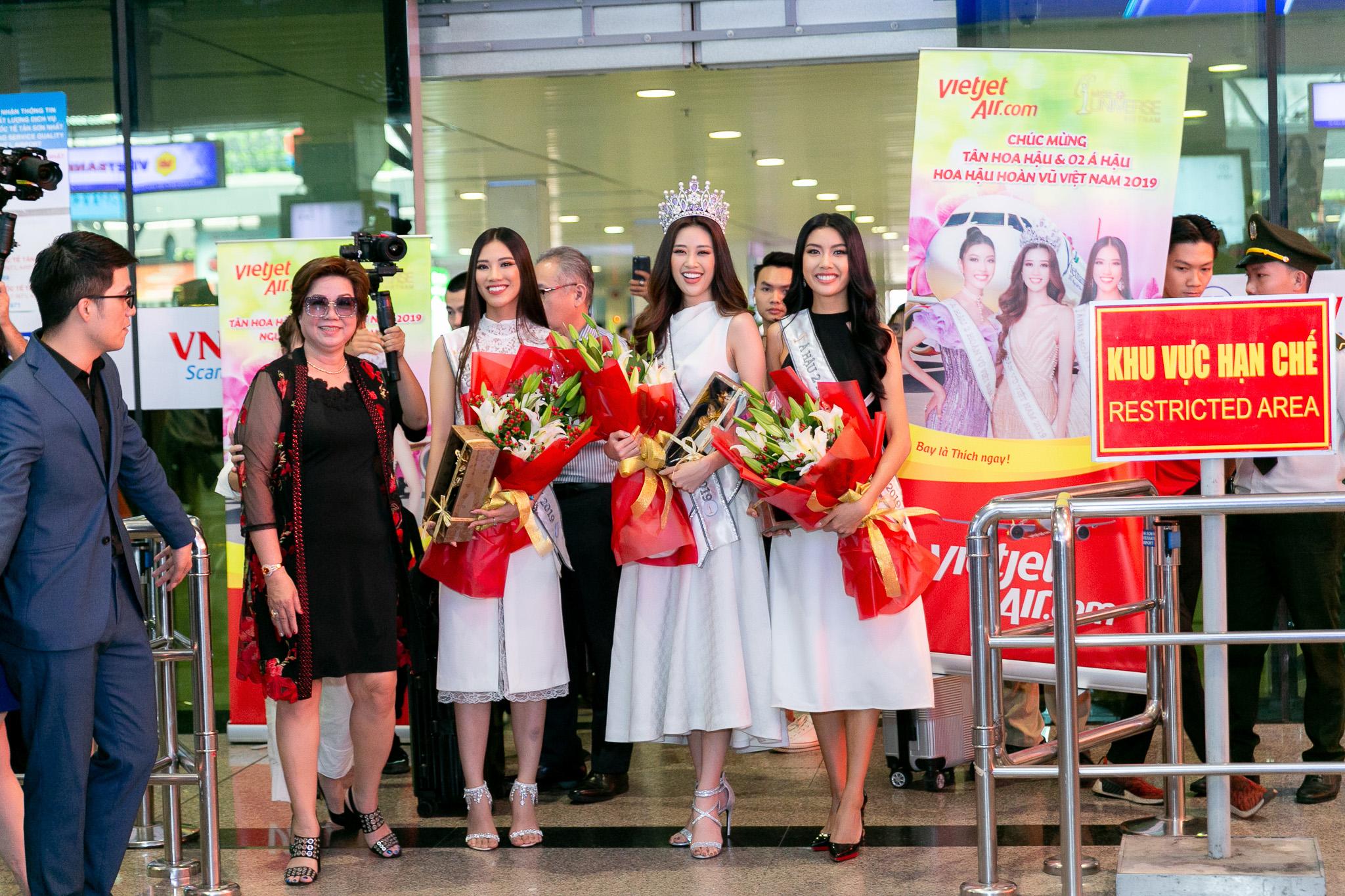 Top 3 Hoa hau Hoan vu Viet Nam 2019 tro ve TPHCM (50)