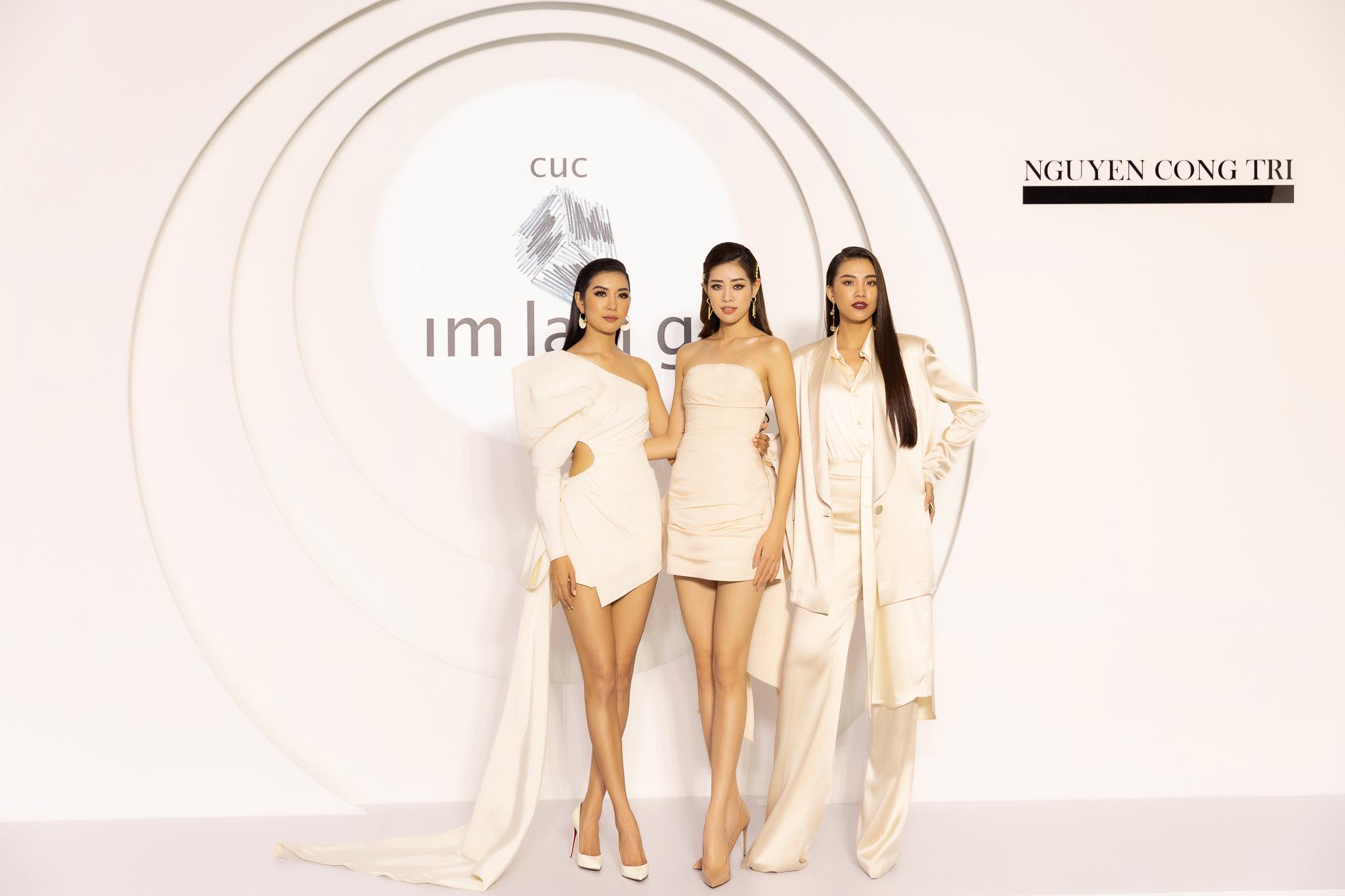 Top 3 Hoa hau Hoan vu Viet Nam 2019_Trien lam Cuc Im Lang (2)