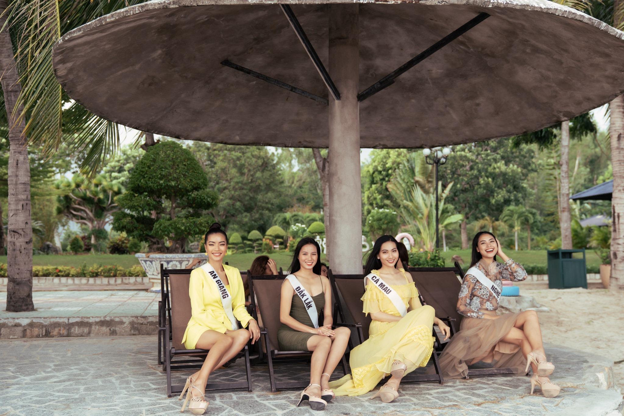 Top 45 thí sinh HHHV Việt Nam 2019 hóa nàng thơ tại bãi biển Nhũ Tiên