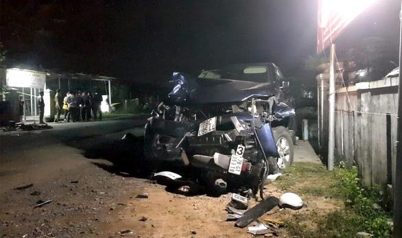 Hiện trường vụ tai nạn thảm khốc - Ảnh: DUY THANH