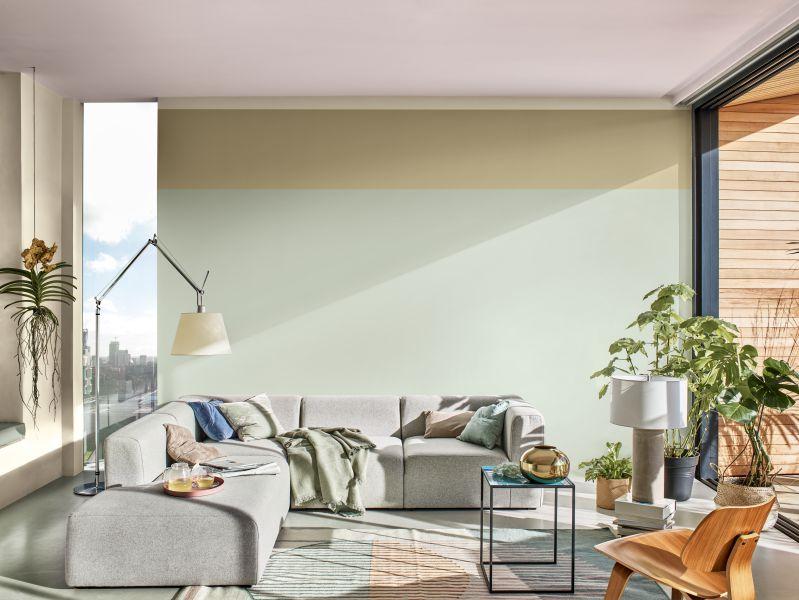 Xanh Ban Mai được lấy cảm hứng từ chân trời hừng đông, đây là sắc màu tinh tế, uyển chuyển nằm giữa các dải màu xanh lá, xám và xanh dương